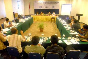 pelaksanaan Uji Kompetensi Wartawan di Makassar