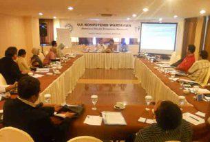Pelaksanaan Uji Kompetensi Wartawan di Surabaya.